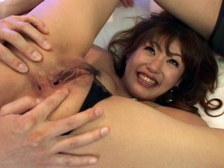 Nami hot threesome with blowjob pleasures