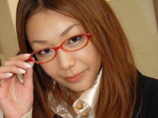 Teacher Hirota Sakura fucked in the classroom